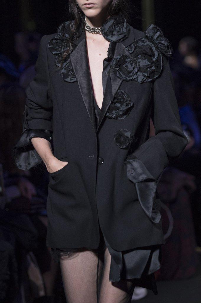 安·迪穆拉米斯特 Ann Demeulemeester 2019春夏高级成衣发布秀(细节) - Paris Spring 2019