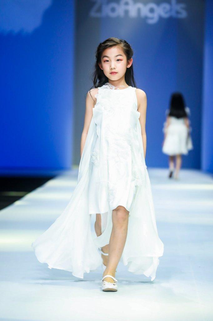 芝欧天使 ZioAngels · Safia Chen 2019/20秋冬童装秀 - Beijing Fall 2019