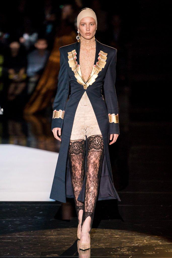 夏帕瑞丽 Schiaparelli 2019/20秋冬高级定制秀 - Paris Couture Fall 2019