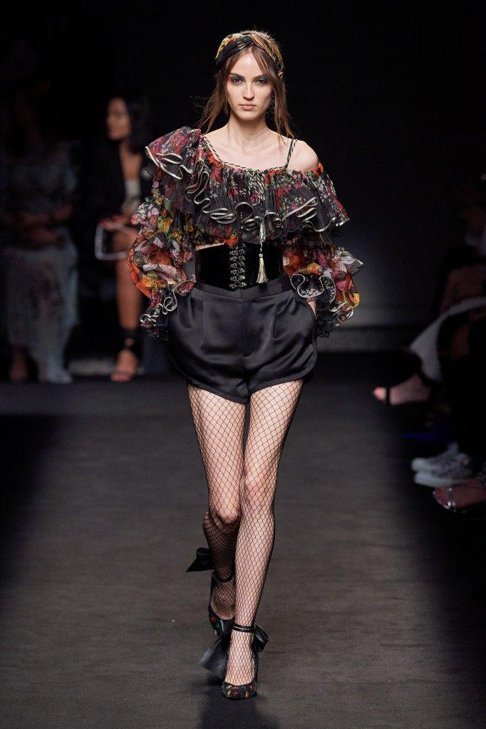 Dundas 2019/20秋冬高级定制秀 - Paris Couture Fall 2019