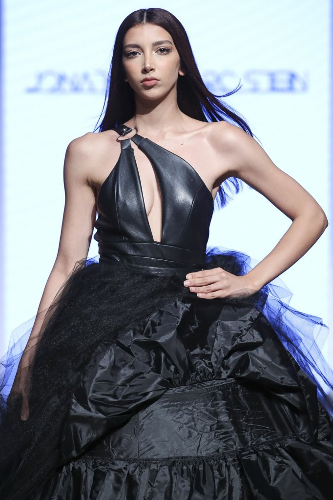 Jonathan Marc Stein 2020春夏高级成衣秀(细节) - Dubai Spring 2020