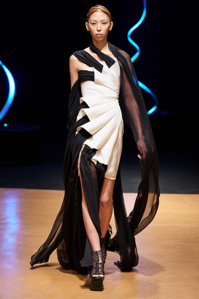 艾里斯·范·荷本 Iris van Herpen 2020春夏高级定制秀 - Couture Spring 2020