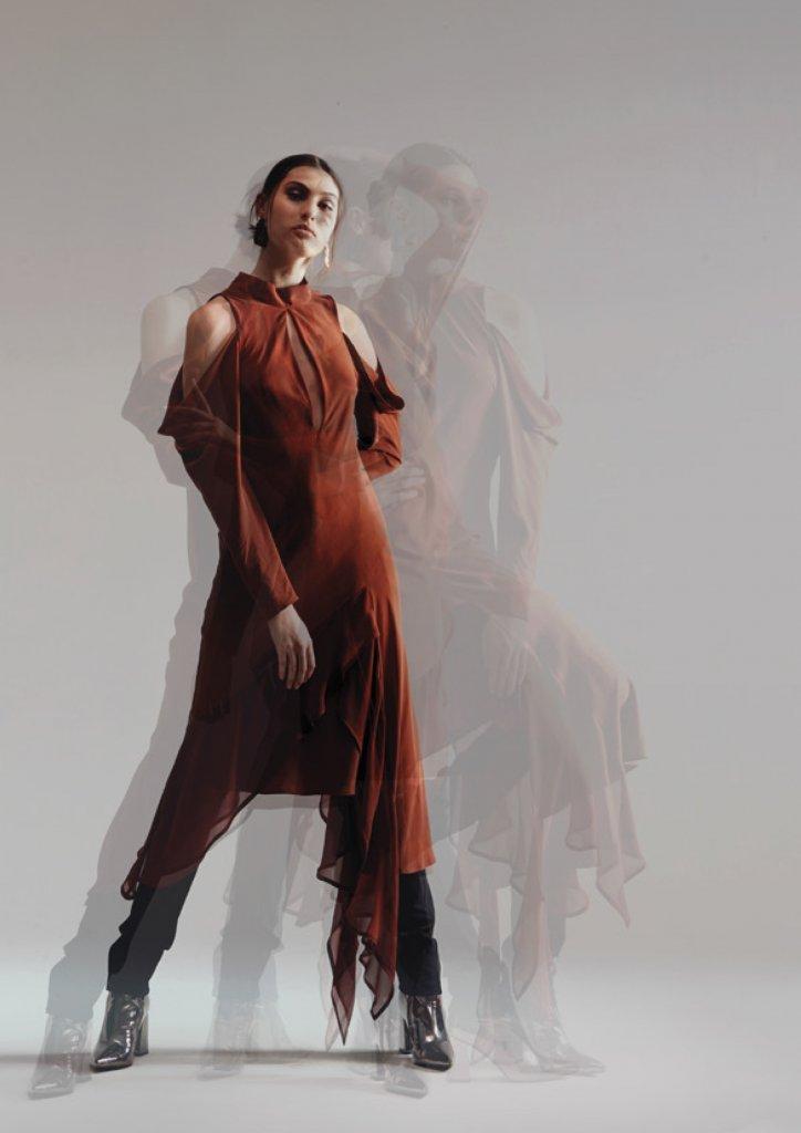 美国 奥克兰 2020/21秋冬 女装 露肩连衣裙